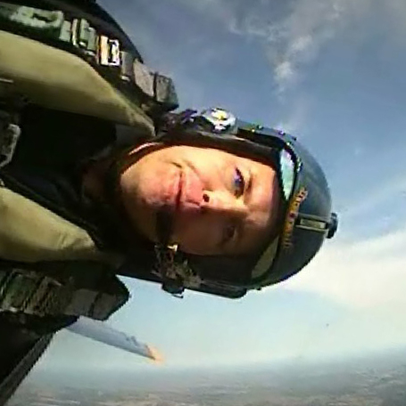 Mark Sutherland flies with the US Navy Blue Angels